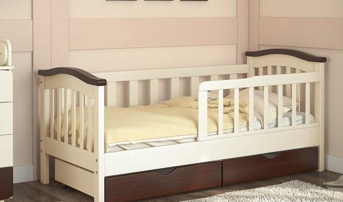 Як правильно вибрати ліжко з бортиками для дитини?